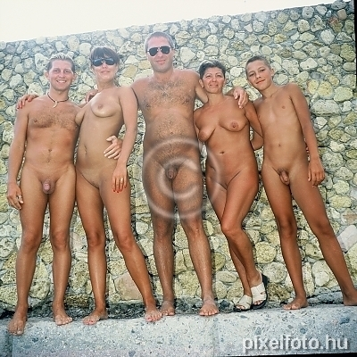 band, nudism, freikörperkultur, nudist friends, naturist, beach